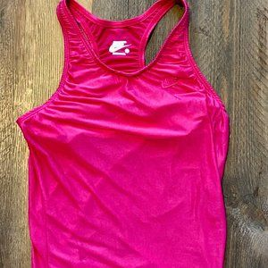 Nike Exercise Top in Hot Pink Med.